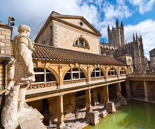 Bath tour the Roman baths