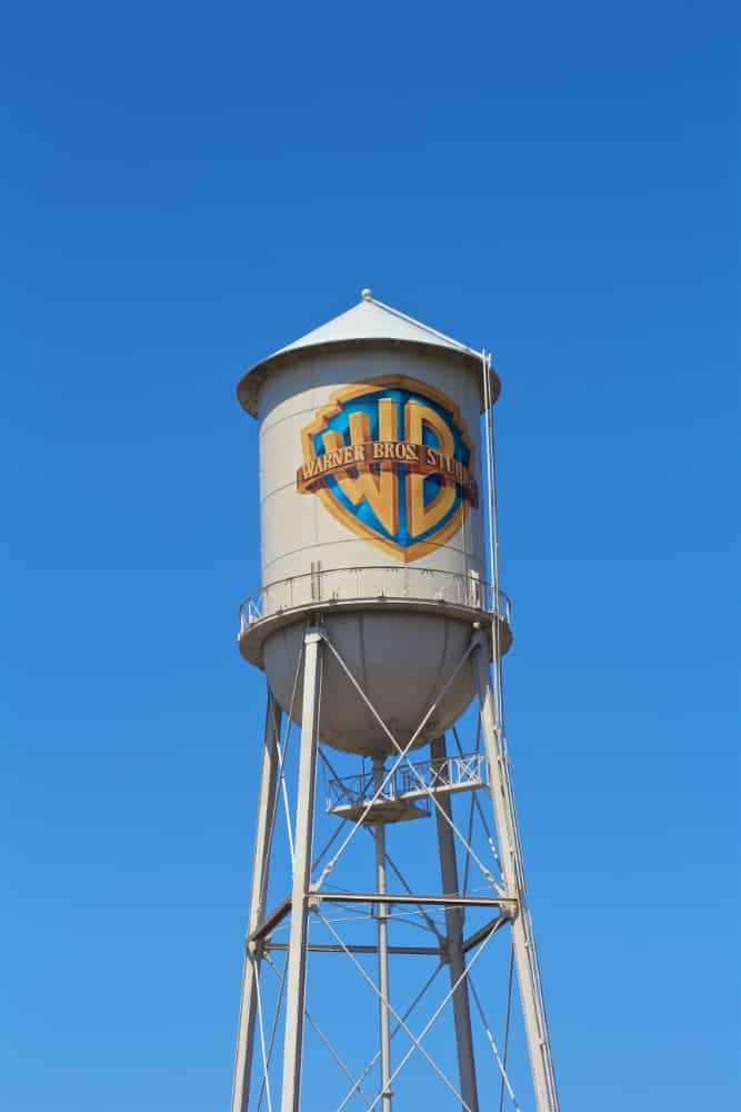 The DC Universe Comes To The Warner Brothers Studio Tour Hollywood Brite And Bubbly