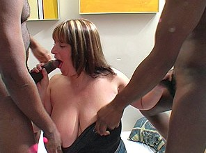 Melons Marie chokes on two big black cocks