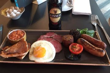 Bar Opus Full Irish Breakfast