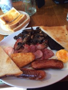 Brookvale Cafe - Quality Cheap Full English Breakfast