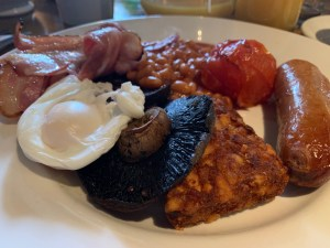 Crown and Sandys - Full English Breakfast