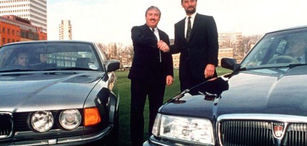 Há 25 anos: BMW adquire Rover Group