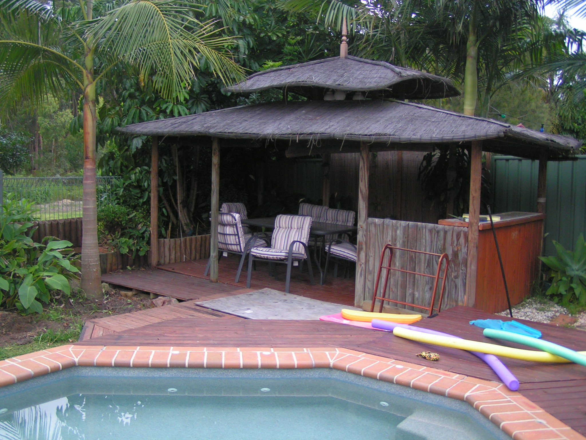 Can I See A Picture Of Your Swimming Pool Pergola Gazebo