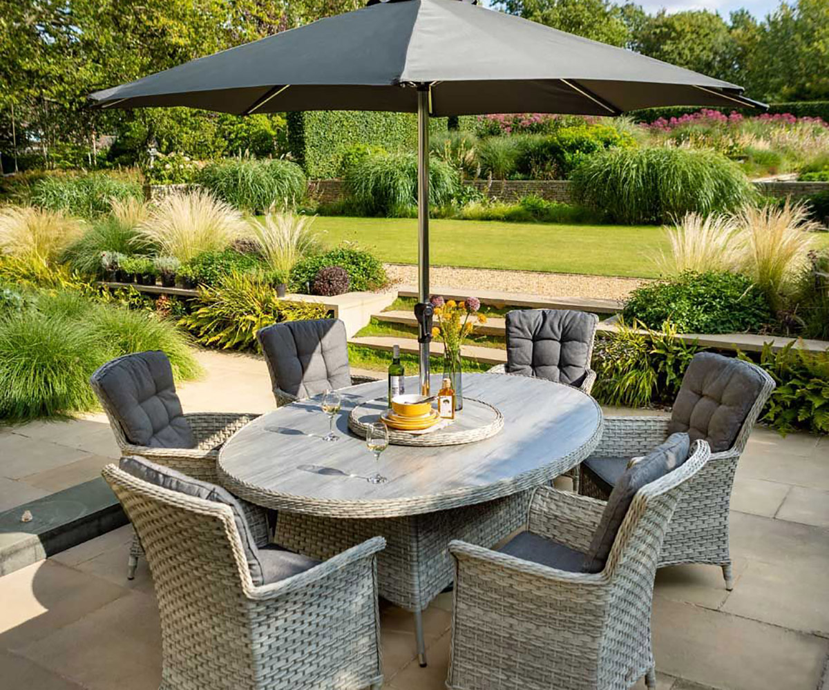 Garden Furniture at Roxton Garden Centre