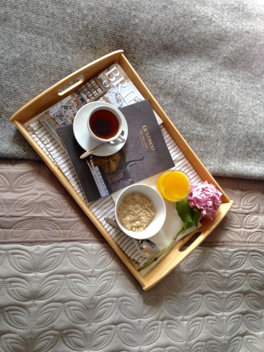 Stylish bedspreads - winter's little luxuries