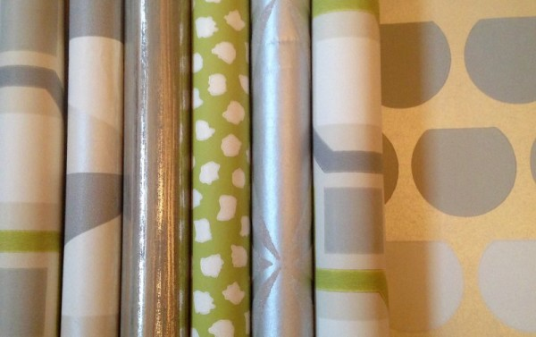Wrapping with wallpaper