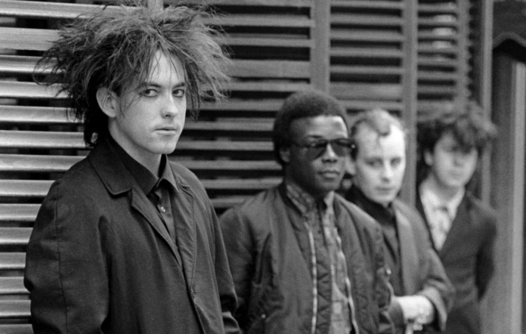 https://i1.wp.com/britnoise.net/wp-content/uploads/2019/02/andy-anderson-the-cure.jpg?fit=1050%2C667
