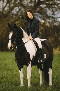 Amanda- horse shoot 2