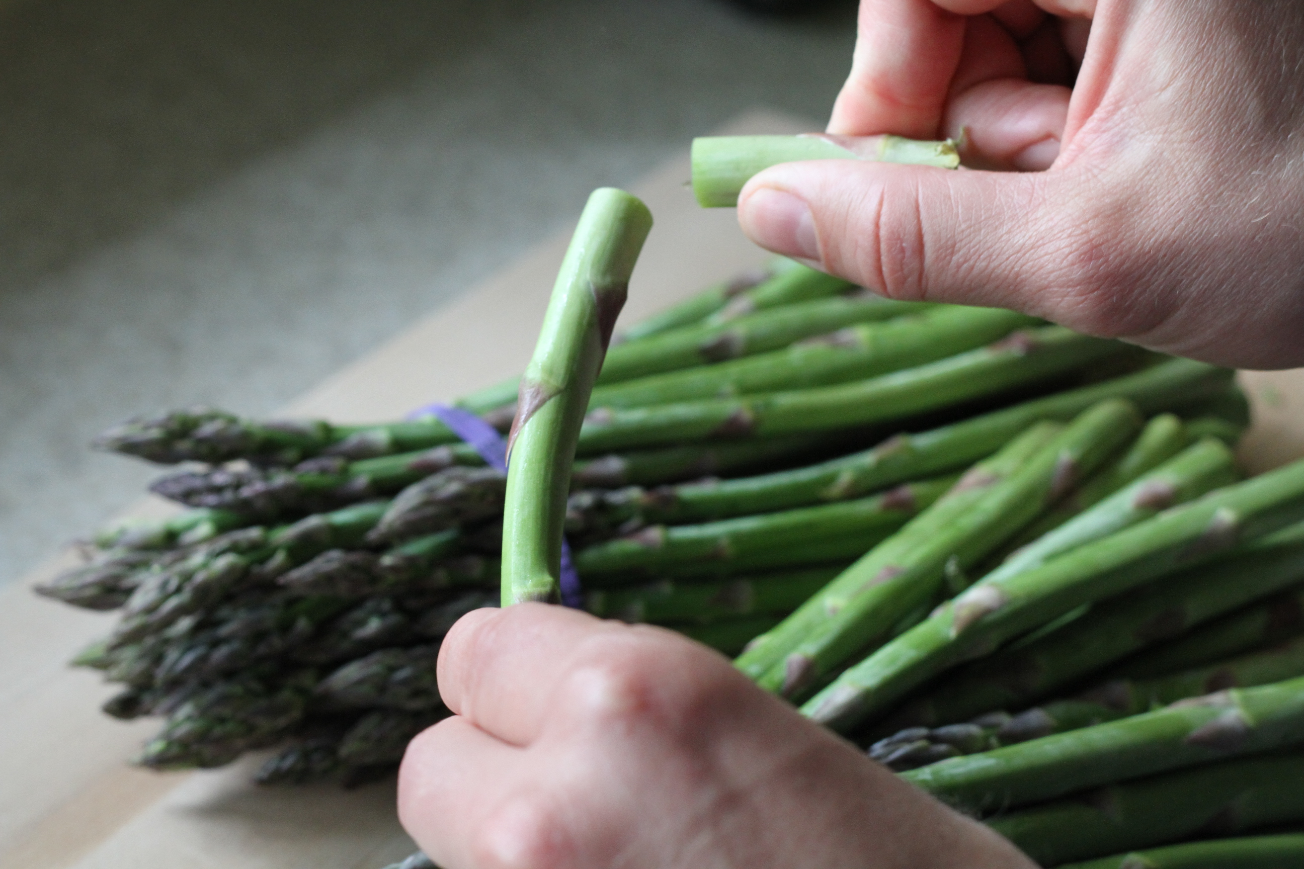 How To: Roast Asparagusa Step By Step Guide To Making This Tasty Side