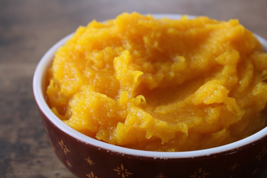 How To: Homemade Pumpkin Puree via Brittany's Pantry, is easier than you think!