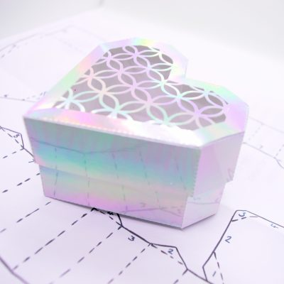 Heart Gift Box, holographic lattice design