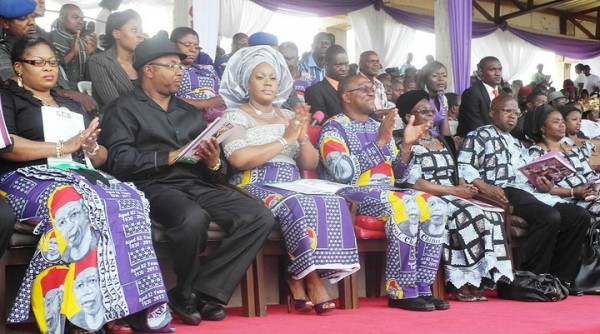 Achebe funeral 1