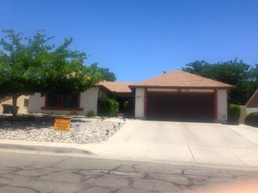 """On our way to Los Angeles, we stopped at the """"Breaking Bad"""" house in New Mexico."""