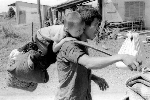 Vietnam fleeing
