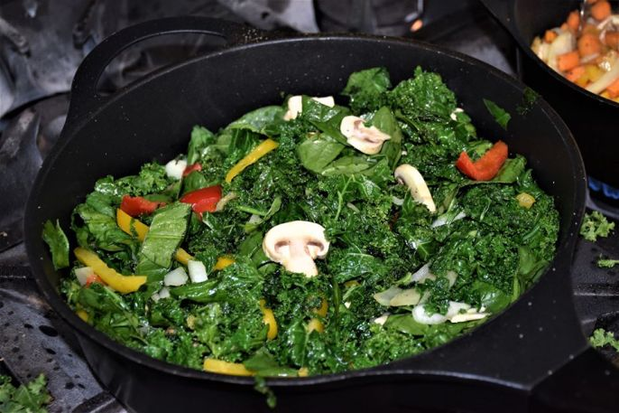 Kale and Spinich Stir Fry