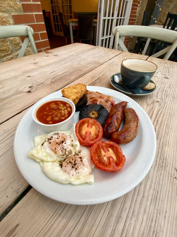 Saturday Breakfast Offer At Redlands Yard