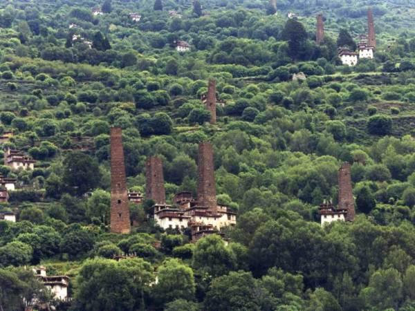 danba towers