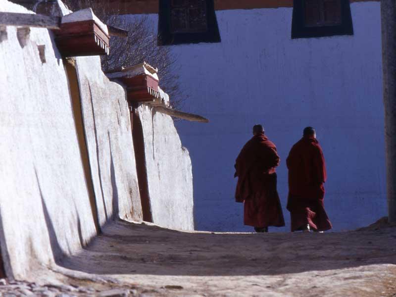 monks-after-class