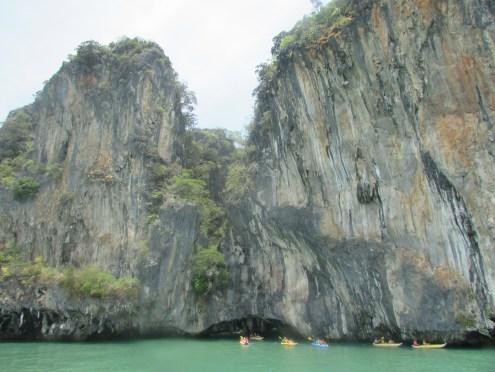 Approaching Hong Island