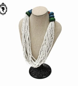 1 Collier blanc 12 rangs avec grosses perles vintage