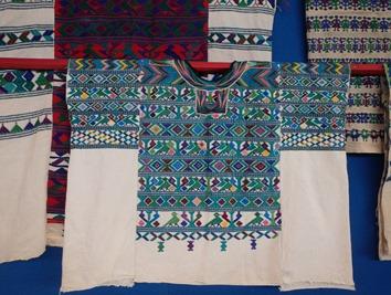 vêtement maya