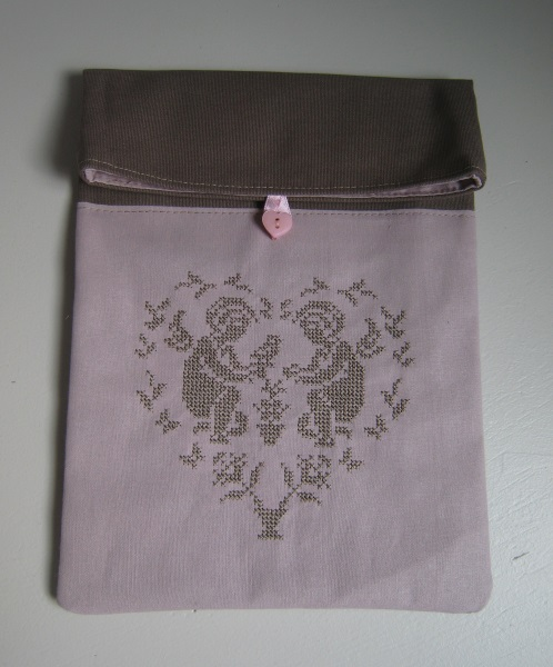 pochette point de croix