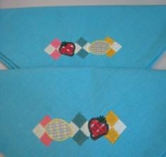 serviettes brodées Nanicousette