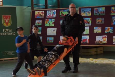 """OSP Brodzica współorganizatorem konkursu """"Pożary, powodzie i różne, codzienne z życia sprawy – strażak zawsze pomoc swą okaże"""""""