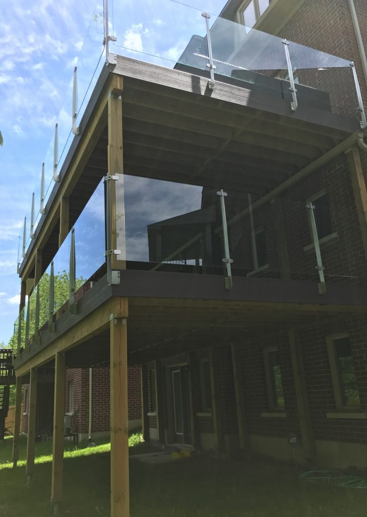 RH Elevated Deck - Right Corner View