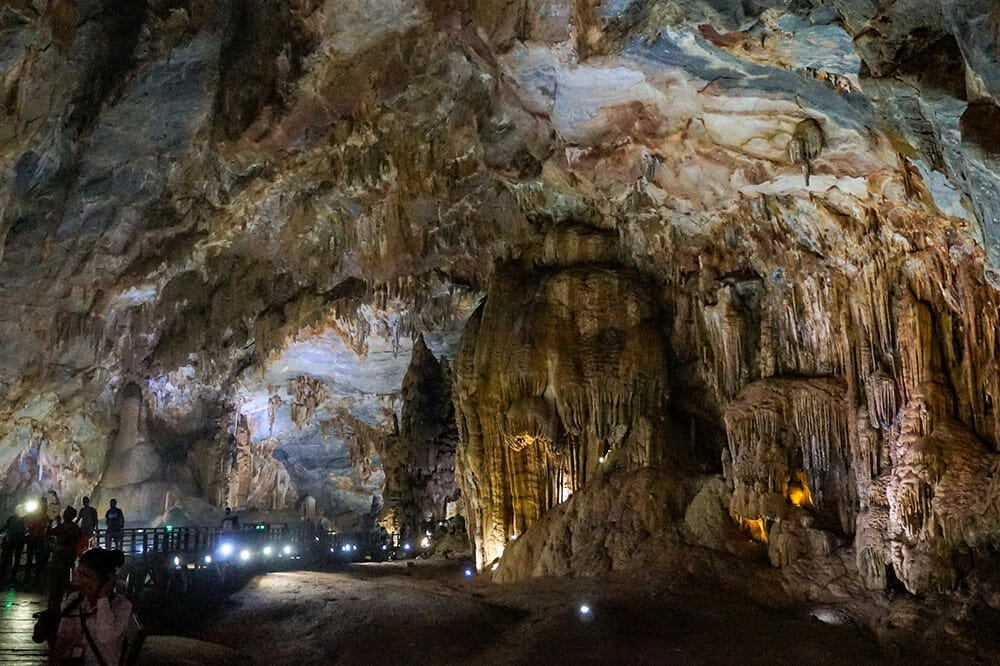 Paradise Cave Phong Nha Vietnam