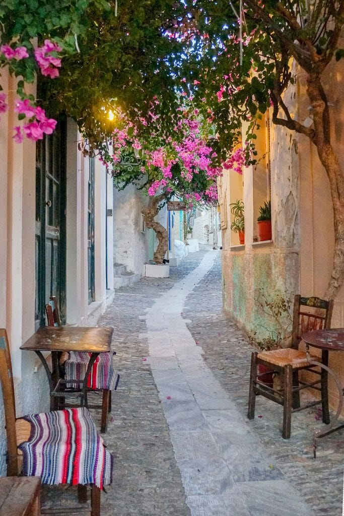 27 Photos Of Syros Greece That Will Ignite Your