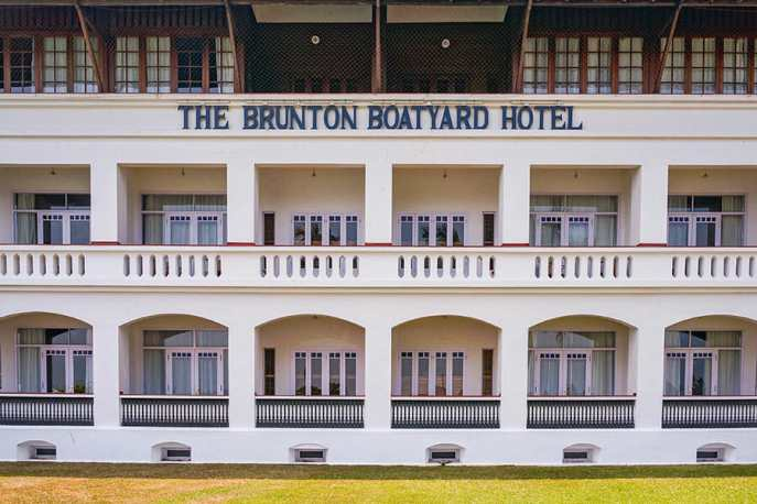Facade of the Brunton Boatyard Heritage Hotel in Fort Kochi