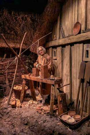Animatronics showing a wood carving workshop