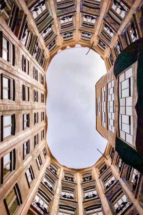 Casa-Mila,-Barcelona