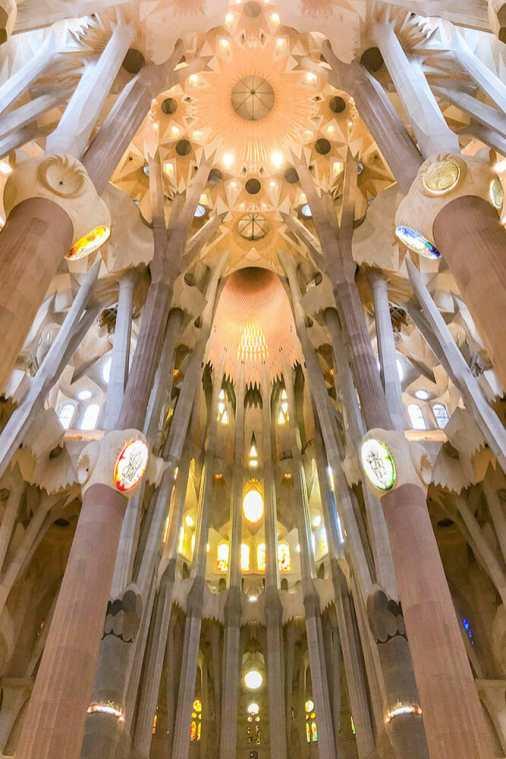 Sagrada-Familia,-Barcelona-2