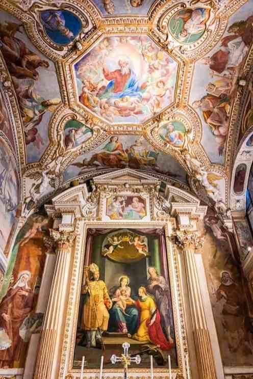 Santa-Catarina-del-Sasso,-Lombardy
