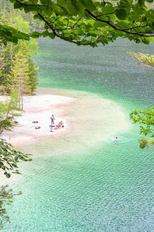 Lago-di-Tovel,-Trentino-3