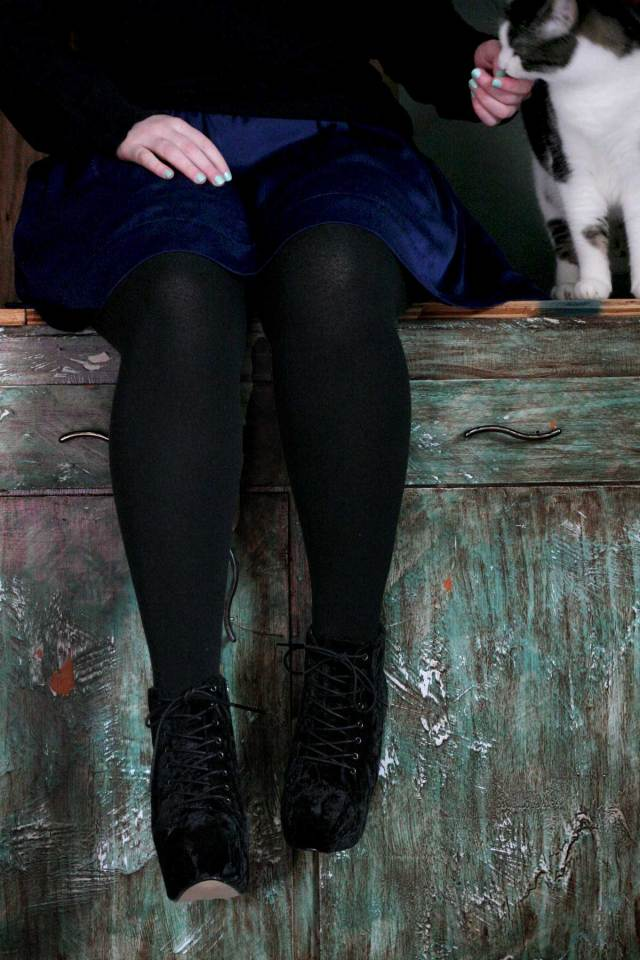 I'm Wearing: Silk Skirt, Velvet Boots & Fleece Tights