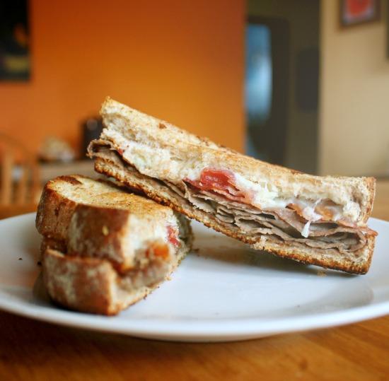 horseradish roast beef melt