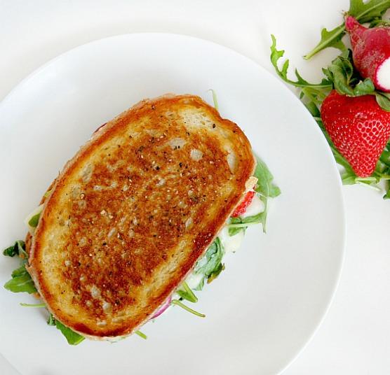 strawberry arugula grilled cheese