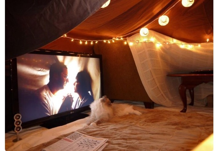 TV Party Blanket Fort