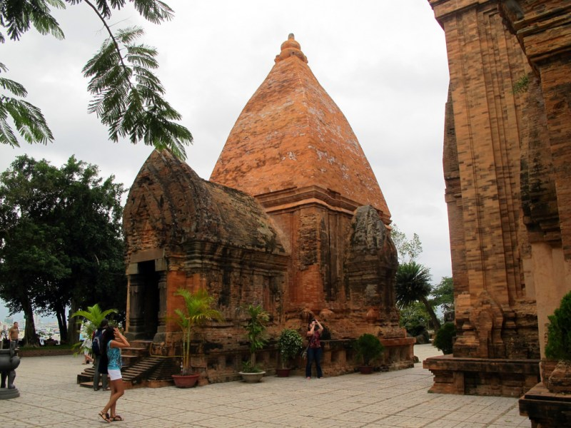 vietman travel ruins history tourism