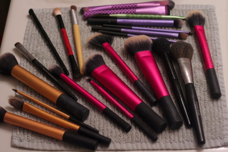 dirty makeup brushes real techniques shampoo cleanser review