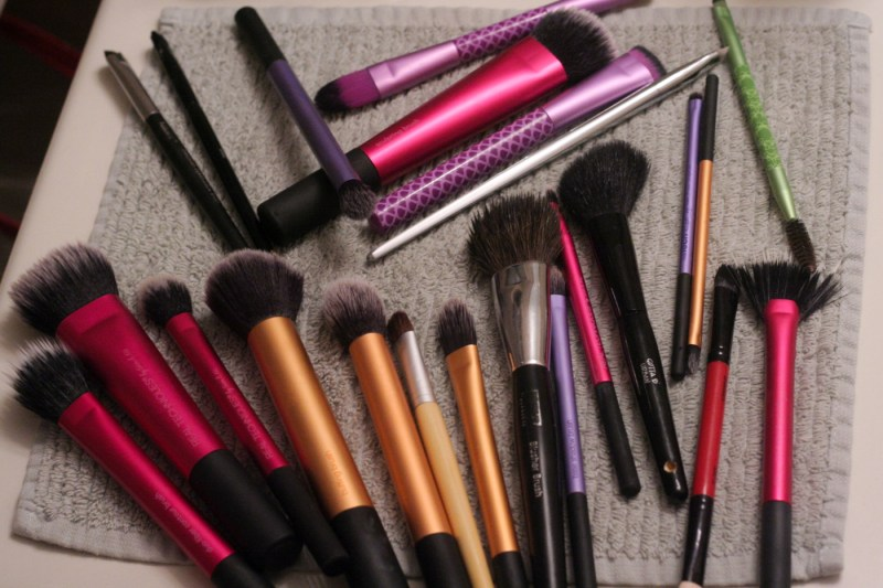 brush cleaning ecotools makeup cleanser shampoo review