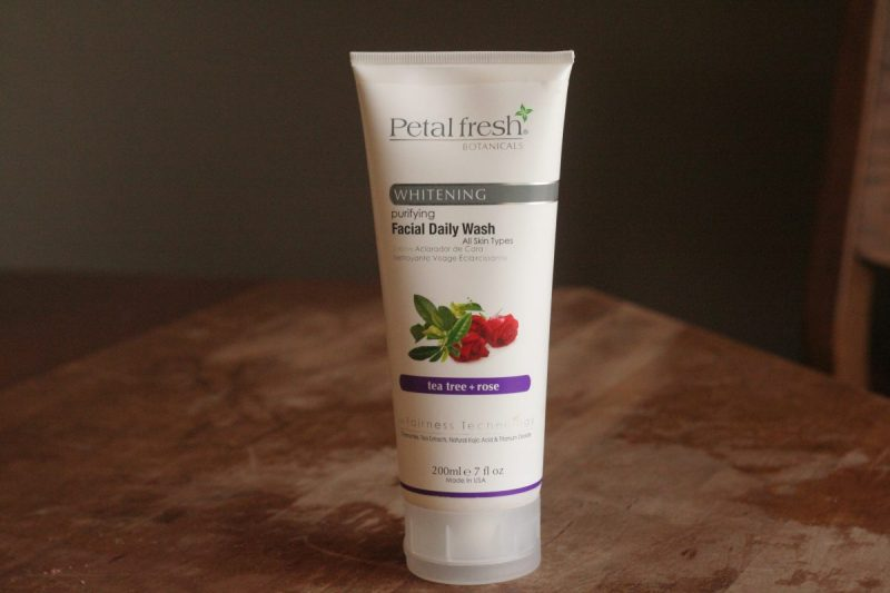 rose rosehip skincare gel cleanser natural beauty