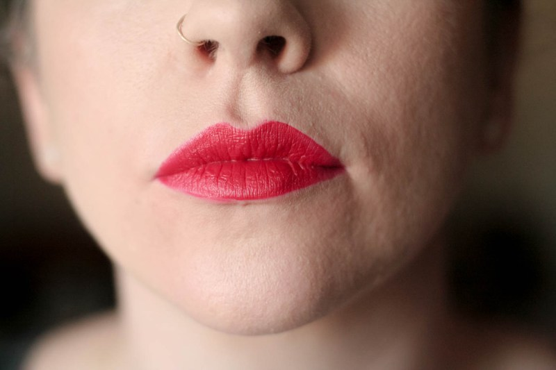 bright red matte vice lipstick palette swatch