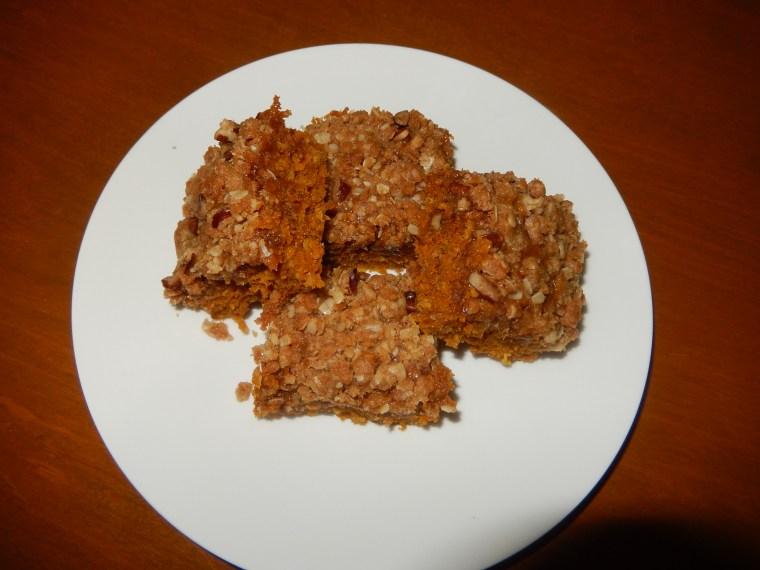Caramel Pumpkin Oatmeal Bars