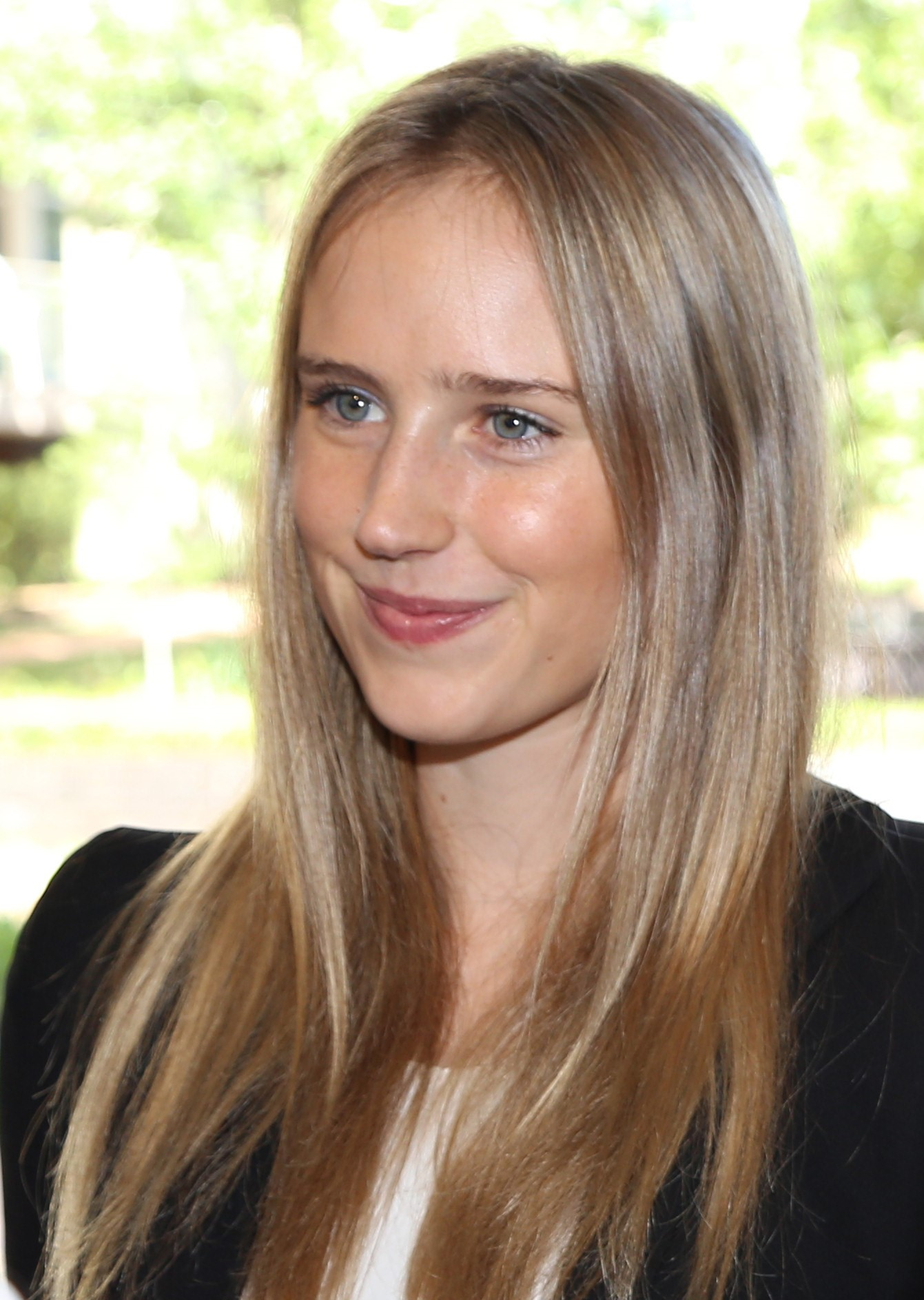 Photo of Ellyse Perry as an ambassador