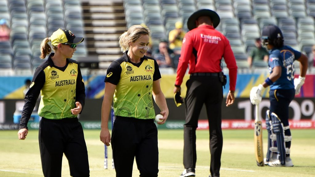 Photo of Ellyse Perry (Controversy Alert: Who Cares About Women's Cricket Anyway?)